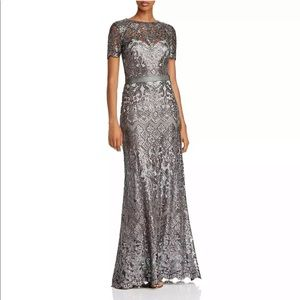 New TADASHI SHOJI Sequin Lace Size 6 Evening Gown